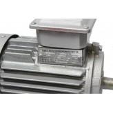 SILNIK elektryczny 2,2 kW 2800 400V 3F z SZAJBĄ 90